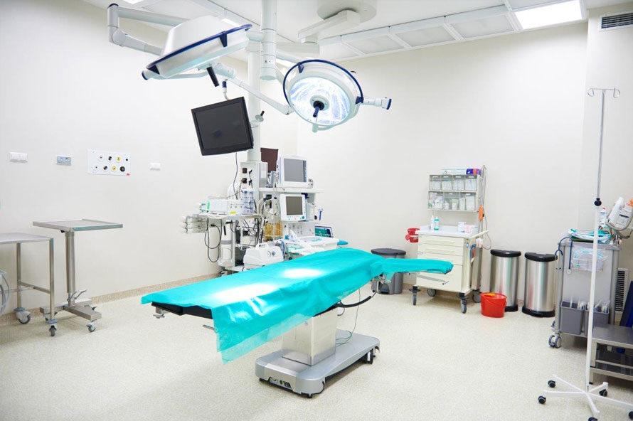 חדר ניתוח בהרדמה מקומית
